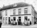 Café Alphons Schijvens, Heuvel 6 Tilburg, ca.1916