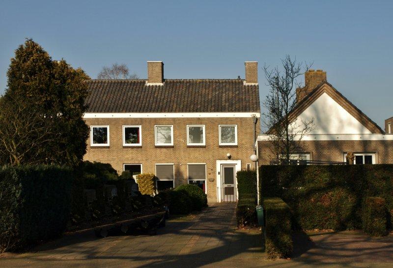 Voormalig Rijks politiebureau Sint Nikolaasstraat 59-63 Helvoirt