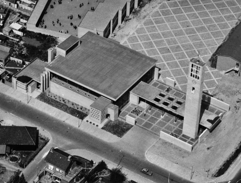 Onze Lieve Vrouw van Lourdeskerk Lourdesplein 3 Tilburg