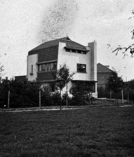 Alice Nahonlei 86 Schoten, België, 1932.